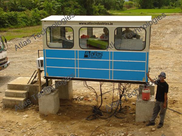 control cabin of asphalt mixing plant